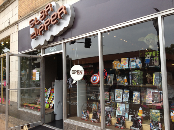 Star Clipper Comics store