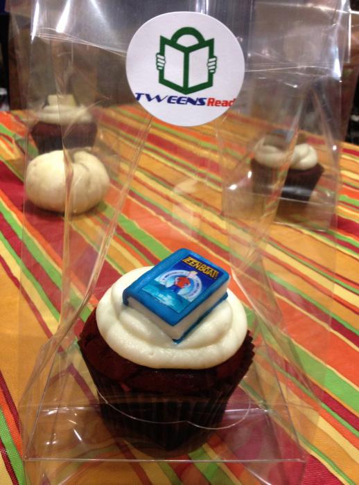 Teen Boat cupcake